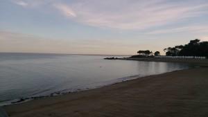 coucher de soleil d'hiver. La plage des dames