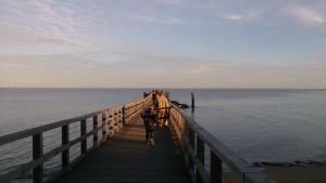 coucher de soleil d'hiver. Ponton de la plage des dames